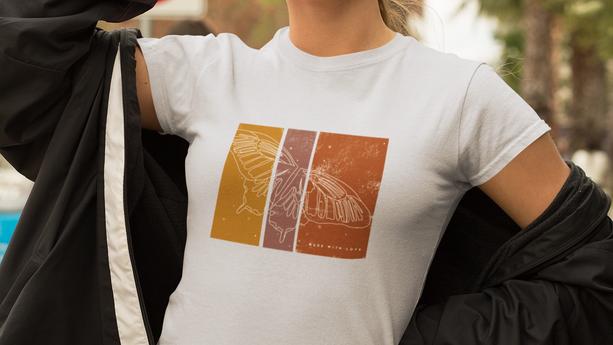 t-shirt-mockup-of-a-bold-woman-wearing-a