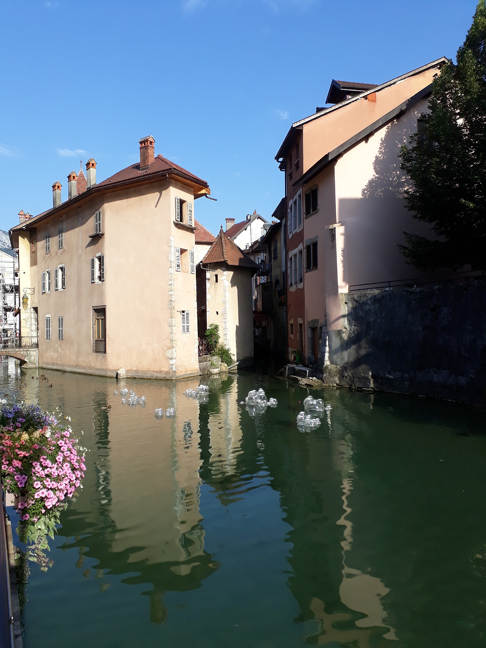 annecy old jail