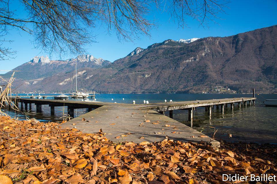lake annecy fall