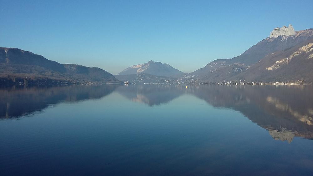 lake annecy doussard