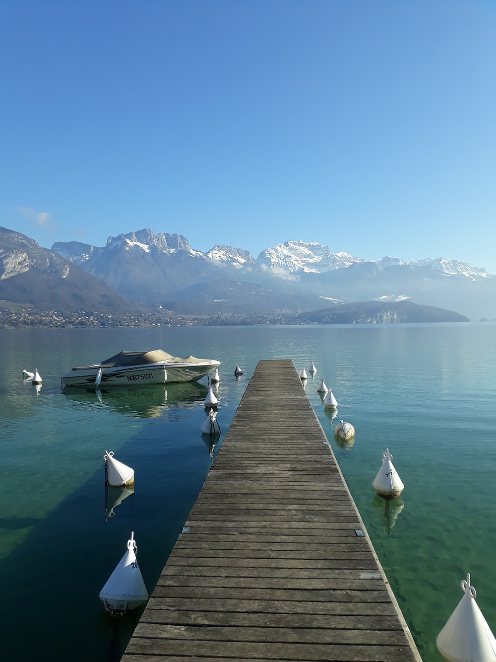lake annecy photo