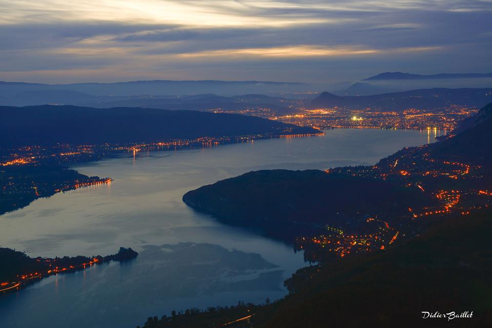 Lake Annecy by night