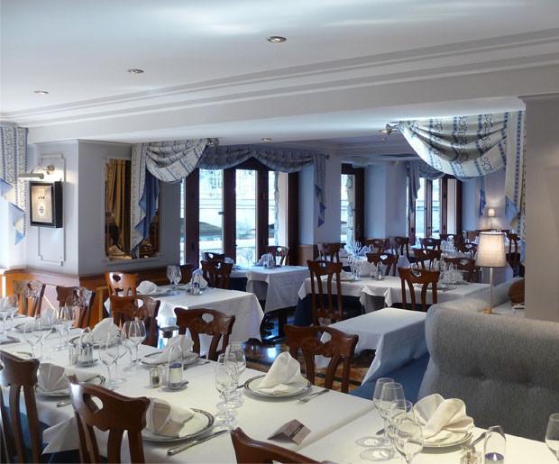 dining room auberge lyonnais