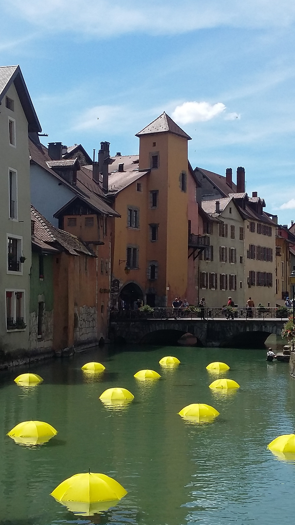 photo Thiou river Annecy Old Town