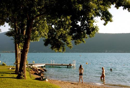 Beach in Veyrier du lac