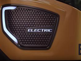 מנוע חשמל לעומת דיזל: גרסת החשמל מול גרסת הדיזל.