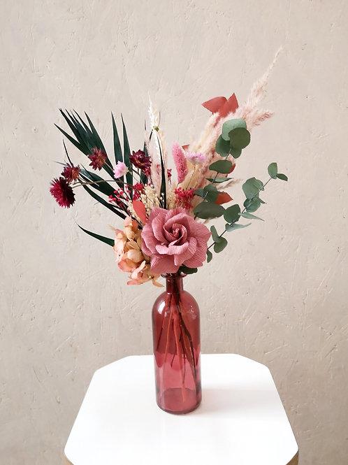 ROSEA - Rose en papier et fleurs séchées (vase en option)