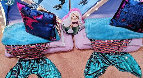 website mermaid tails_edited_edited.jpg