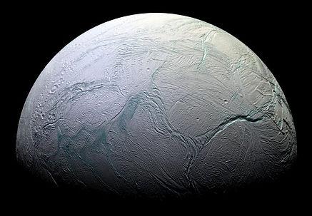 11. Энцелад - спутник Сатурна.jpg