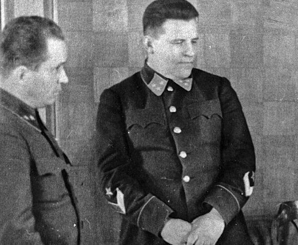 Командование парадом и его организация были возложены на командующего войсками Московского военного округа и Московской зоны обороны генерал-лейтенанта Павла Артемьевича Артемьева (1897 – 1979 гг.). Подготовка парада проходила в строжайшей секретности.