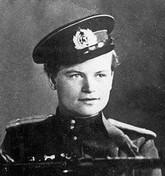 Евдокия Николаевна Завалий – единственная женщина-командир взвода морской пехоты в годы Великой Отечественной войны.  Летом 1941 года Евдокия Завалий отправилась на войну. Для того, чтобы её взяли на фронт, ей пришлось прибавить себе три года, и сказать командиру полка, что ей 18. В полку она служила санитаркой. После того, как в её родном селе 13 августа 1941 года части удалось вырваться из окружения, Евдокия Николаевна попросила бойцов показать, как обращаться с оружием. Научилась стрелять из карабина, пистолета и пулемета. Во время отступления при переправе через Днепр Евдокия Завалий была ранена и попала в госпиталь, настояла, чтобы после выписки её оставили в армии. После выписки из госпиталя Евдокию Николаевну отправили в запасной полк. Когда отбирали солдат на передовую, её приняли за мужчину. Она никого разубеждать не стала и была направлена в 6-ю десантную бригаду морской пехоты как Завалий Евдоким Николаевич. Ей удалось сохранить свою тайну в течение 8 месяцев. После того как под Моздоком она взяла в плен немецкого офицера, она была направлена в отделение разведки, командиром которого вскоре стала. Евдокия Завалий и ее взвод наводили ужас на гитлеровцев дерзкими вылазками, за которые немцы стали называть девушку «Фрау Черная смерть». Она участвовала в крупнейшей десантной операции периода Великой Отечественной войны – Керченско-Эльтигенской, получила орден Отечественной войны I степени. В августе 1942 года воевала на туапсинском направлении под Горячим Ключом. В конце 1942 – начале 1943 года участвовала в боях по блокированию Кубанского плацдарма противника у станицы Крымская. В одном из боёв старшина роты Завалий подняла всех в атаку после смерти командира. В этом бою она была тяжело ранена, и в госпитале открылся секрет о том, что «Евдоким», который 8 месяцев воевал вместе с десантниками, — девушка. Учитывая боевые заслуги, 18 февраля 1943 года Евдокия Завалий была направлена на шестимесячные курсы младших лейтенантов, после окончания которых, была напра