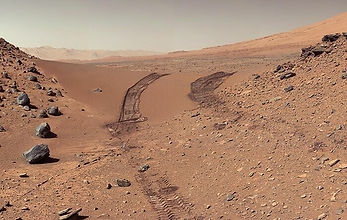22. Марсианский пейзаж, снятый Кьюриосит