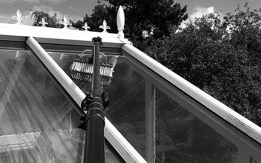 conservatory-cleaning_edited.jpg