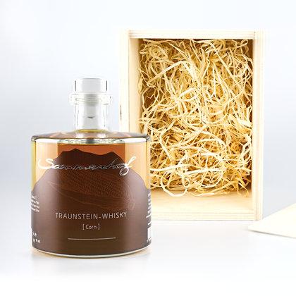 Traunstein-Whisky Corn mit Holzkiste