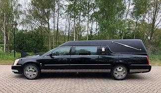 Cadillac DTS rouwauto zwart