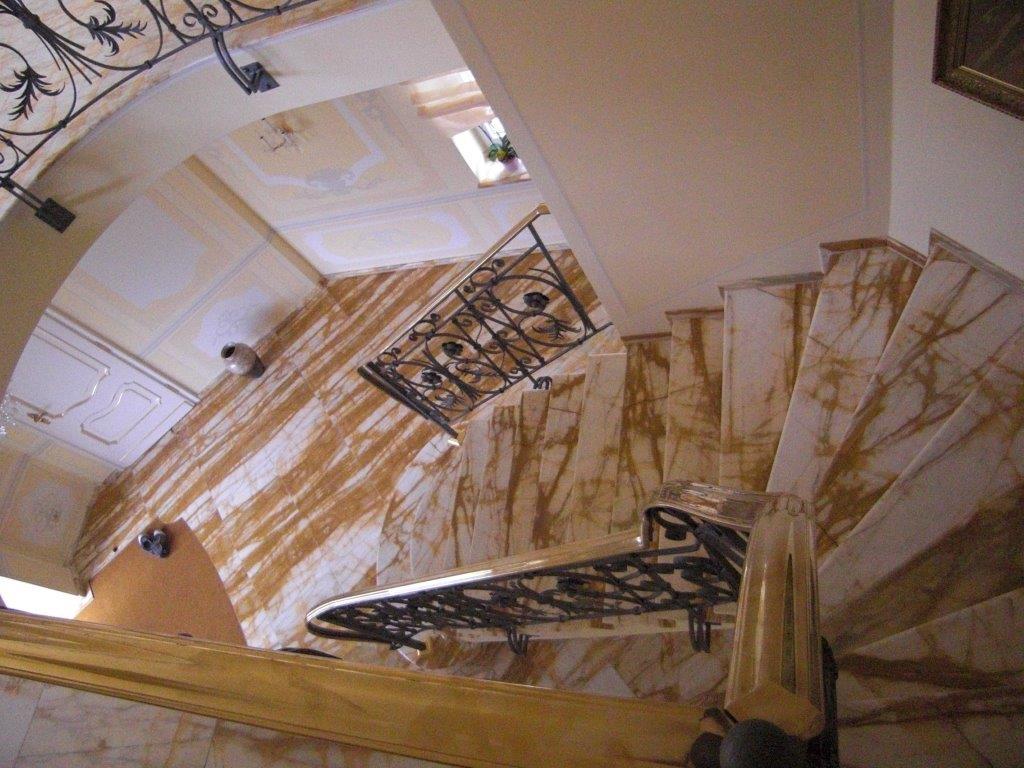 Treppe Marmor