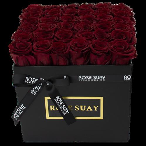 wine red eternity roses - venti black square box