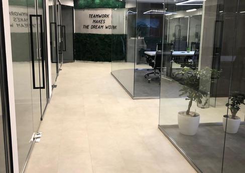 Стабилизированный мох в коворкинг офисе CORNER