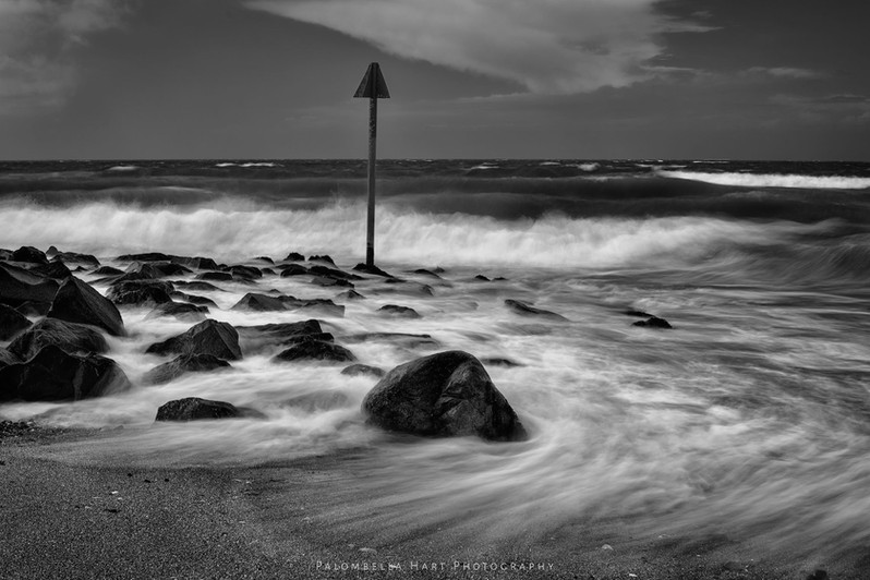 Dinas Dinlle Beach 'black and white'