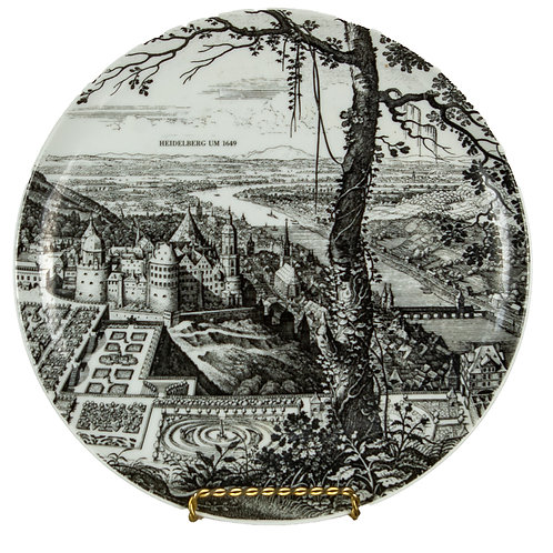 47 Ceramic Decorative Plate | Assiette décorative en céramique