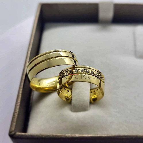 Par de Alianças Quadrada 6,5 mm de Casamento em Ouro 18K