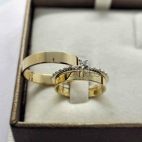 Par de Alianças Casamento Quadradas em Ouro 18K