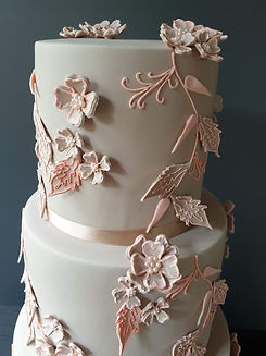 Fiona Hackshall Wedding Cakes