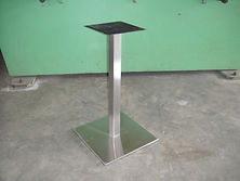 SINGLE POST DINNING TABLE BOTTOM.JPG
