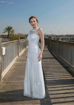 שמלת כלה מרשימה בנינצוצים