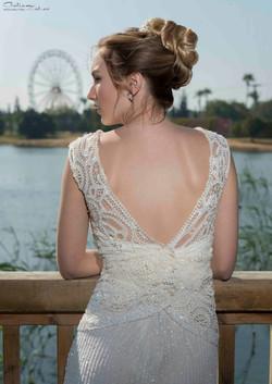 שמלת כלה בגב פתוח בסגנון וינטאג'
