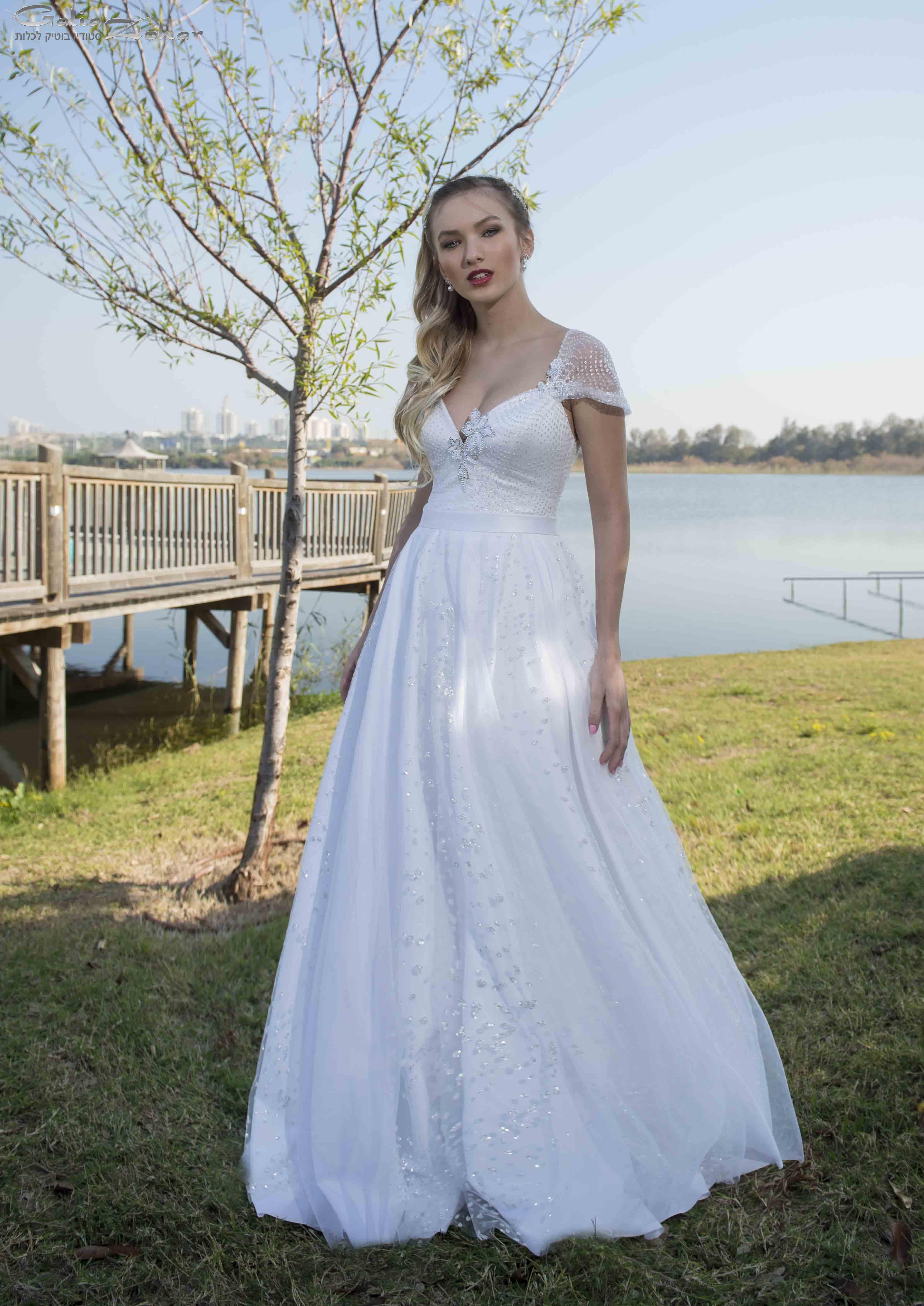 שמלת כלה רומנטית נסיכותית בבדי נצנצי