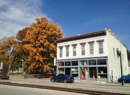 FOR LEASE: 401 Lewis Street