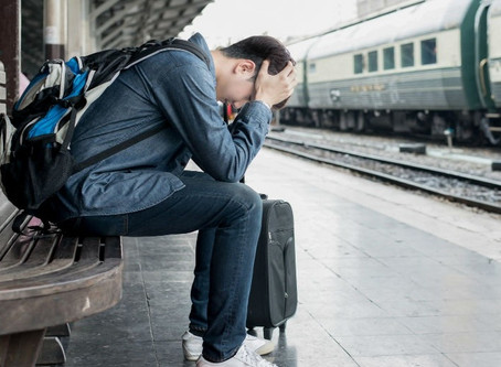 Perdi meu passaporte no exterior. O que preciso fazer?