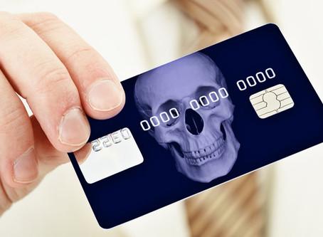 Seu cartão de crédito lucra muito com seus câmbios. E você nem percebe.