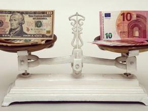O que faço se tenho dólares e vou para a Europa?