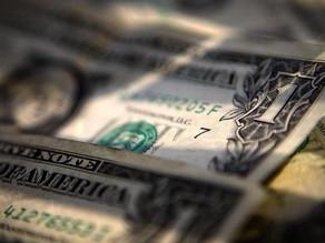 Dólar: quem disse que dia de queda é dia de compra?