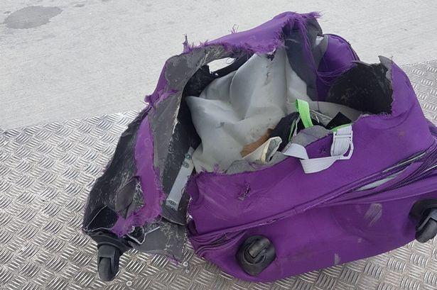 bagagem destruída
