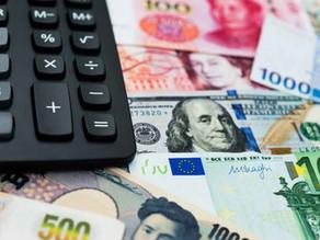 Comprar dólar ou euro em papel moeda. Ainda vale a pena?