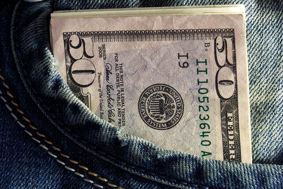 Limite de moeda em espécie para viagens