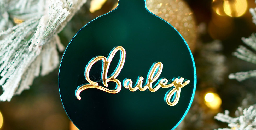BORDERLESS PERSONALIZED ORNAMENT