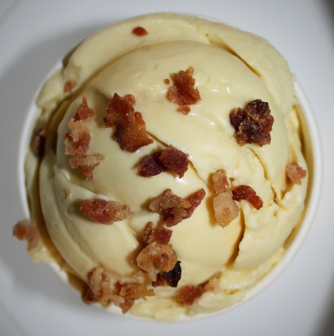 Maple Bacon Chocolate Swirl