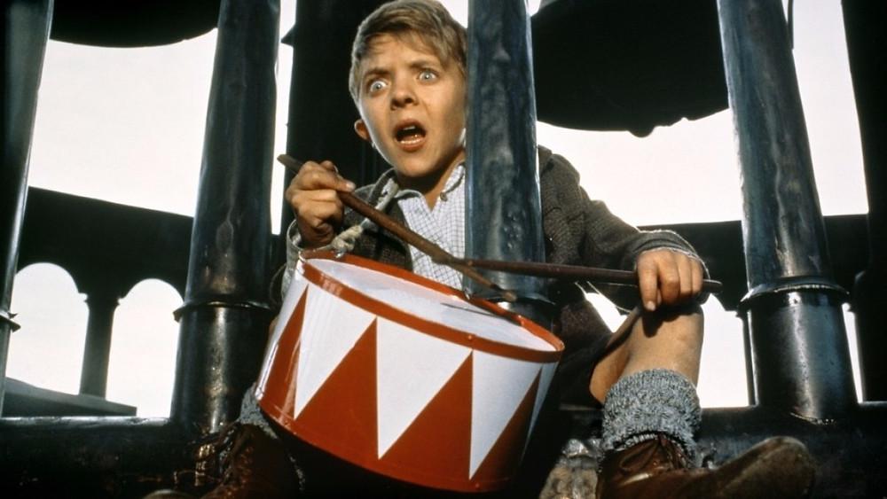 Ֆոլկեր  Շլյոնդորֆի «Թիթեղյա թմբուկը» (1979թ.)