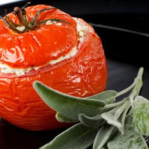 Receita: Tomates Recheados com Requeijão de Castanhas