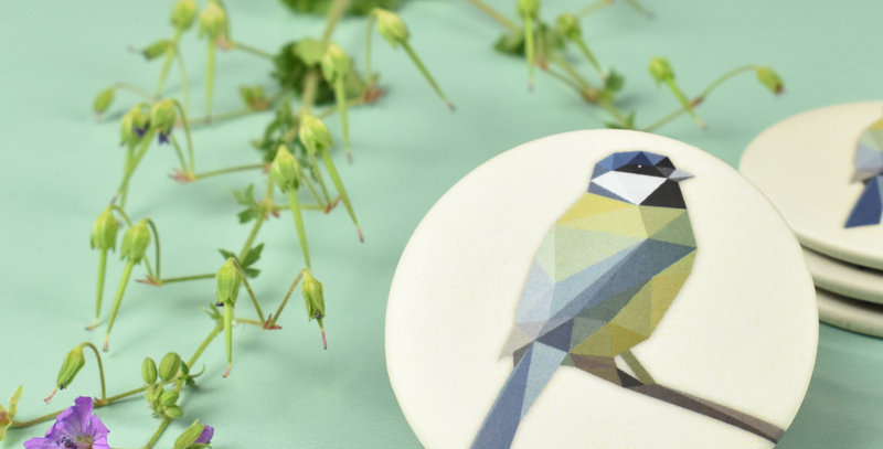 Magnet button Great tit - Low-poly art.