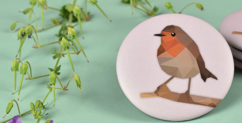 Magnet button Robin - Low-poly art.