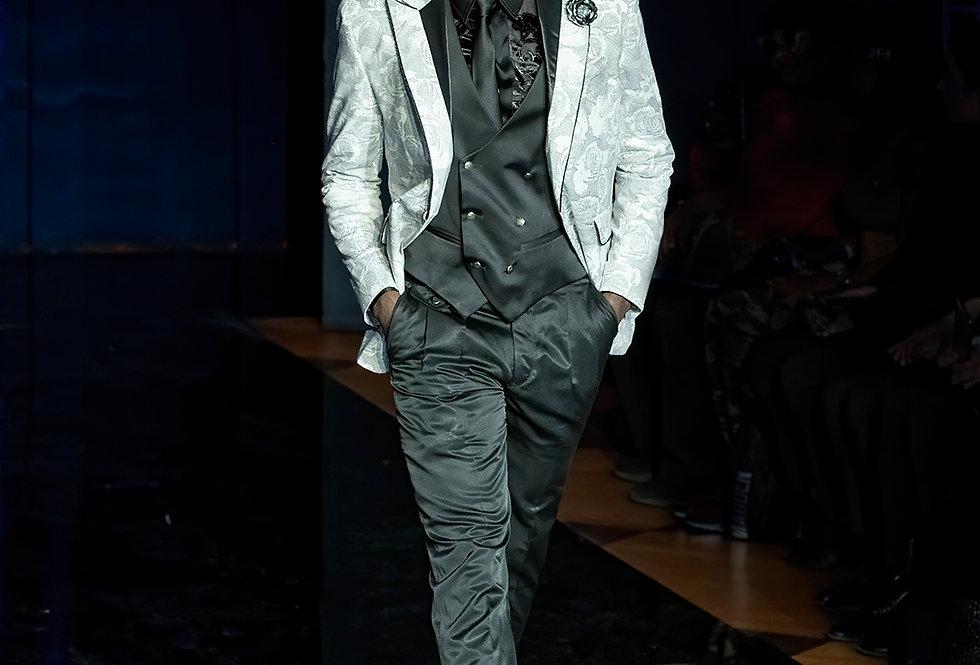 Jacket 299$, pant 109$, tie y vest 115$  [collection 20 - 21]