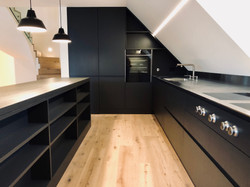 Canton Zurigo - Abitazione privata, mobile e ambiente cucina (in esclusiva per Abitabel AG)