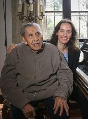 Vicente Bianchi y Alejandra Urrutia.jpg