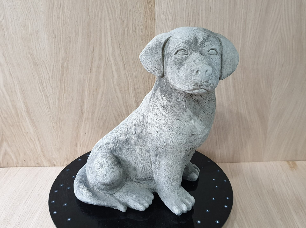 Labrador statue