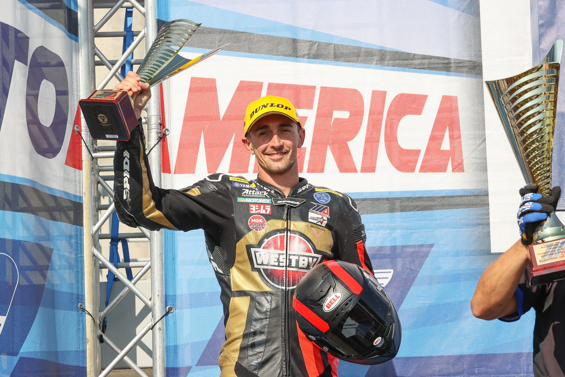 Scholtz Double-Podiums In Superbike For Westby Racing; Wyman Gets Caught In Charlotte's Web In Junio